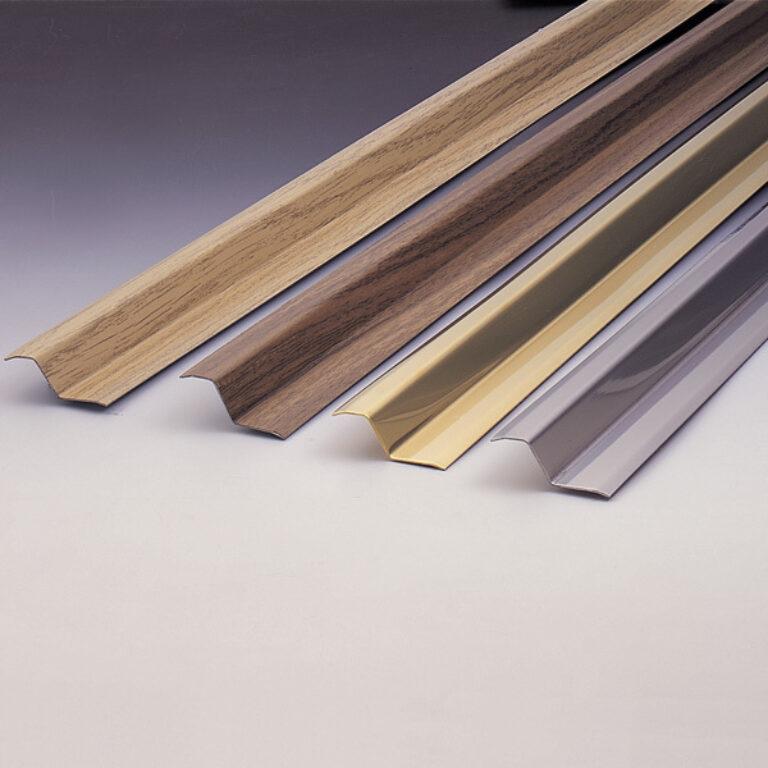 Vyrovnávací lišta 985x40x12mm - tmavé dřevo