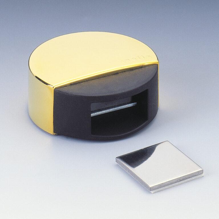 Zarážka dveří magnetická s fixací pohybu - chrom