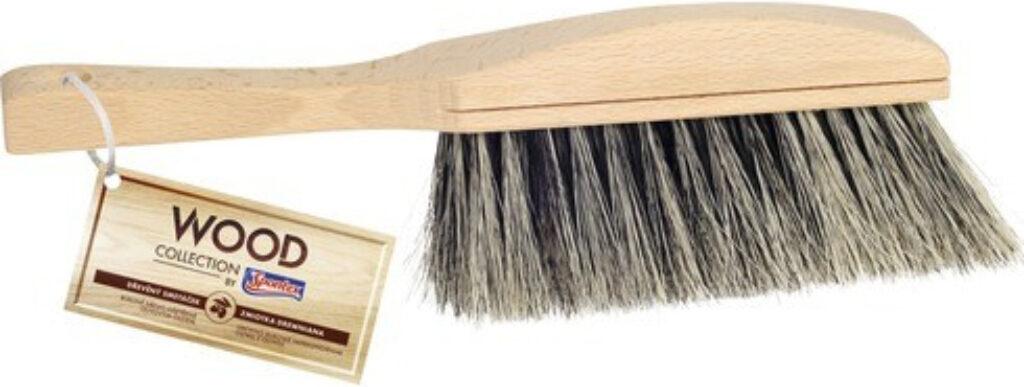 Smetáček dřevěný